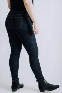 Ladies Jeans for Curvaceous Bodies